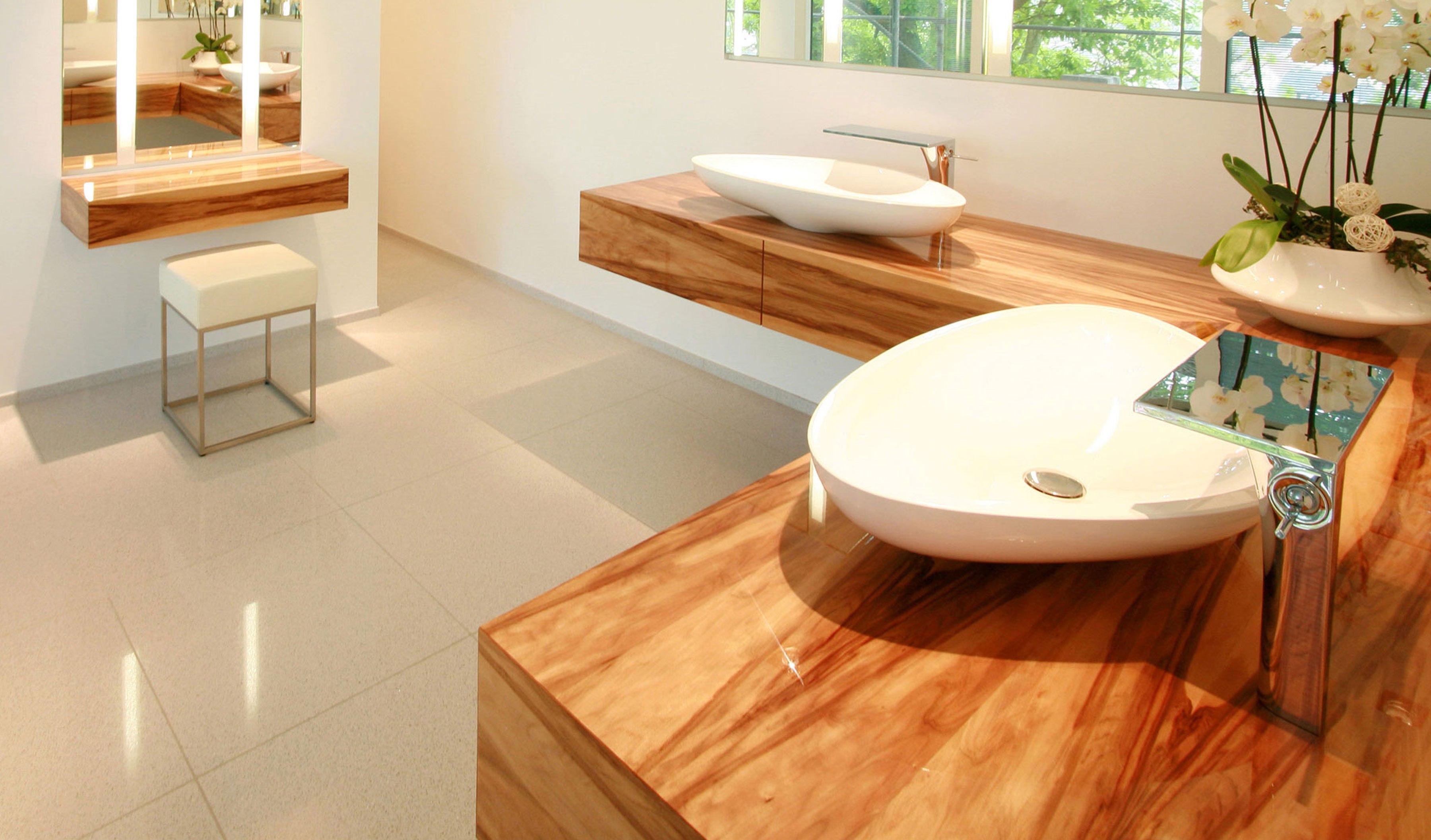 klarlack f r holz swalif. Black Bedroom Furniture Sets. Home Design Ideas